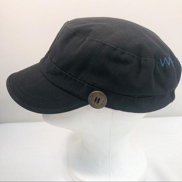 30ebfd3bc829a7 Rip Curl Womens Cap Black Cotton hat bill Button.  M_5ba3bd010cb5aab078a2fe5e. Other Accessories ...